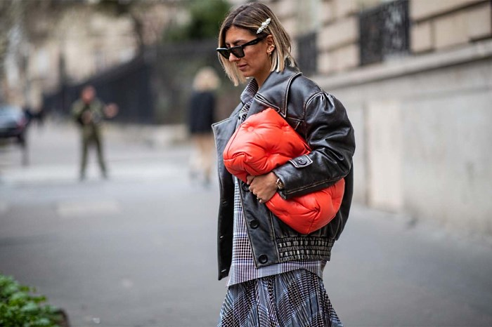PARIS, FRANCE - MARCH 01: Aylin Koenig is seen wearing Margiela bag,, leather jacket, asymmetric skirt during Paris Fashion Week Womenswear Fall/Winter 2019/2020 on March 01, 2019 in Paris, France. (Photo by Christian Vierig/Getty Images)